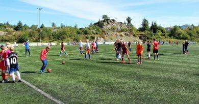 90 barn på Tine Fotballskole