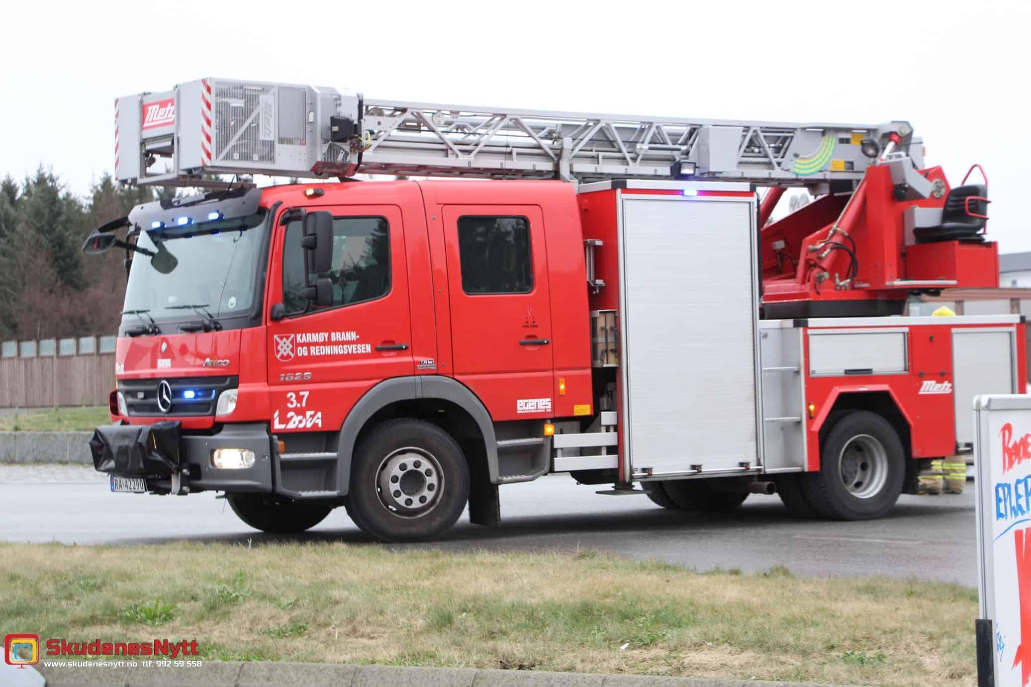 Bil i brann på Blikshavn