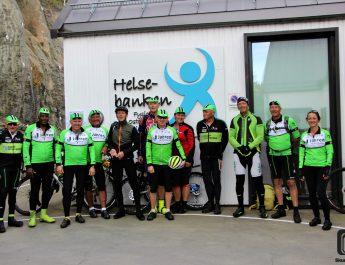 30 syklister på besøk i Skudeneshavn
