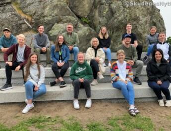 Lager til St.Hansfeiring for Skudenes-ungdommene