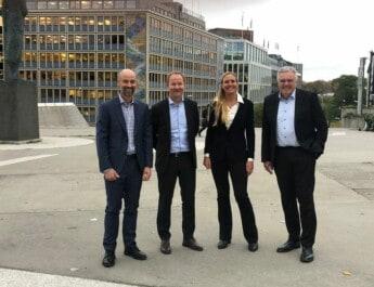 Solstad inngår samarbeid om havvind-tjenester